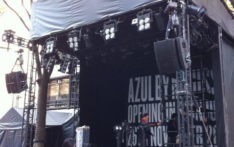 ジャミロクワイゲリラライブ、18:15〜新宿東口駅前モア4番街 イベントスペース