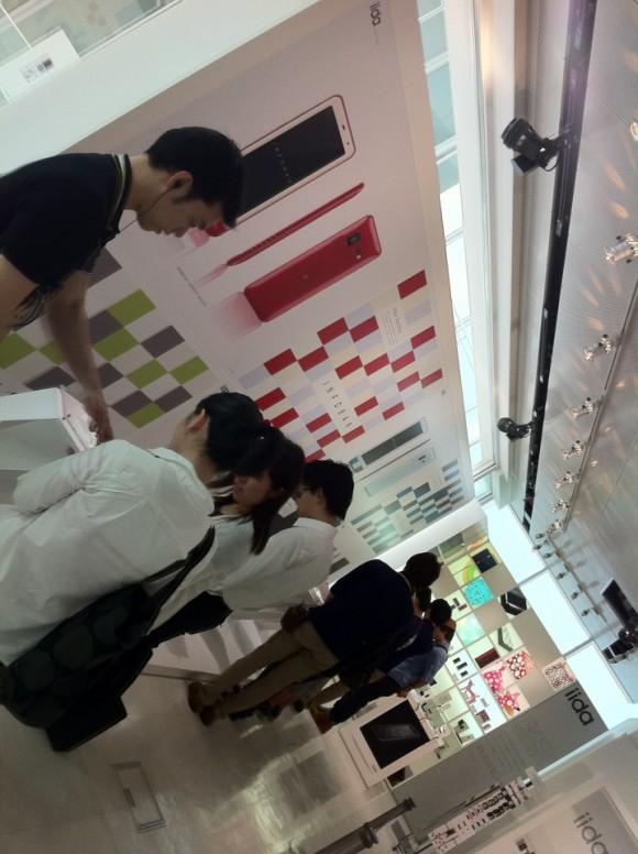 Kスタ2階にINFOBAR展示ブース