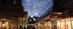 代官山駅前のクリスマスイルミネーション