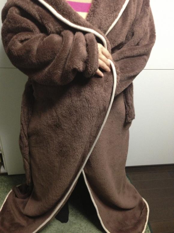 着る毛布「Groony(グルーニー)」