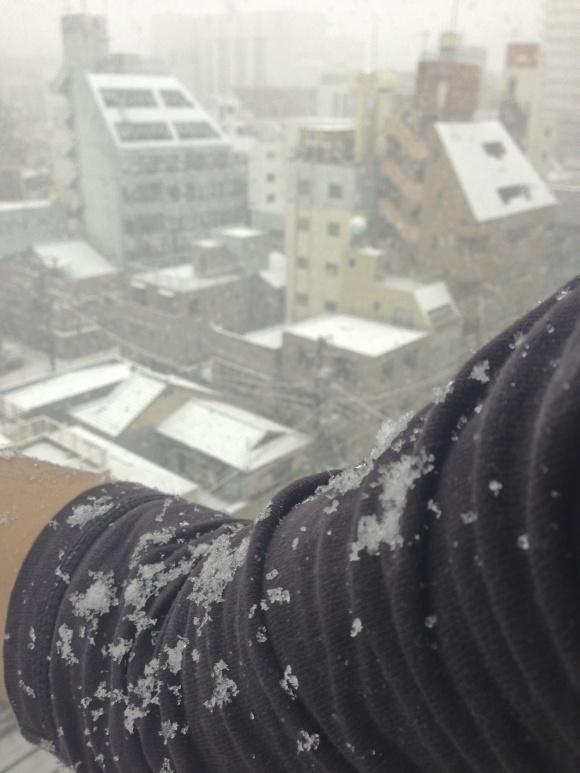 都心で初雪