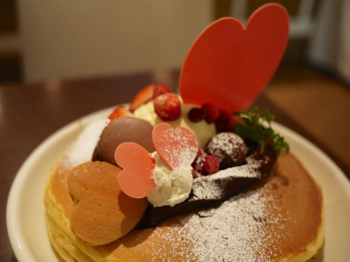 ベリーバレンタインフォンダン パンケーキ のトッピング