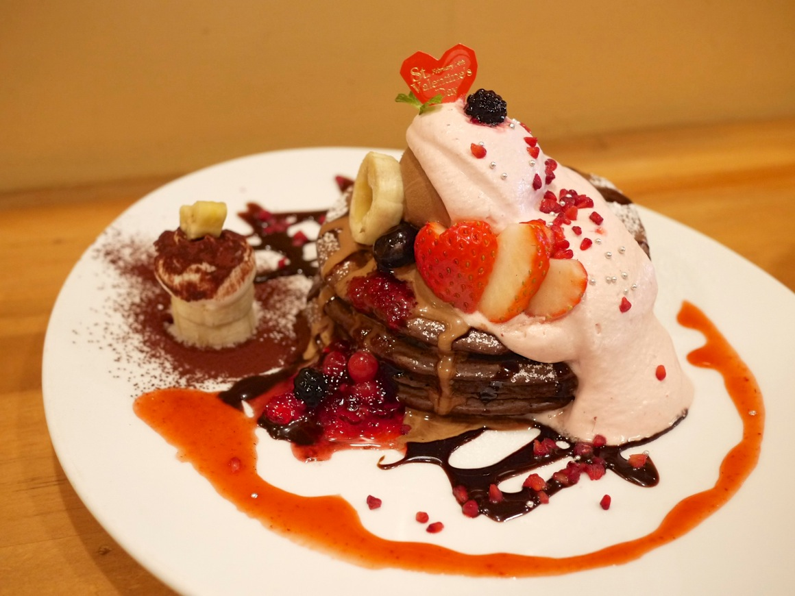 チョコ バナナ ストロベリーパンケーキ