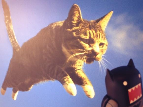 どーもくんがヒカリエの猫に食われる!