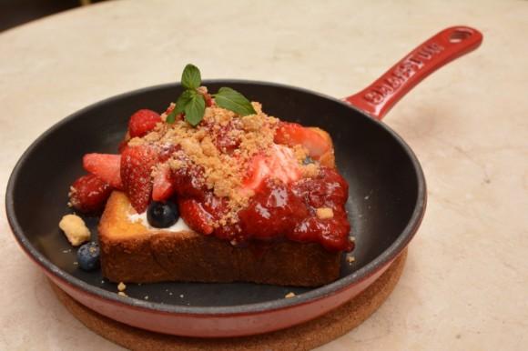アニヴェルセル カフェ&レストラン(ANNIVERSAIRE CAFE&RESTAURANT)